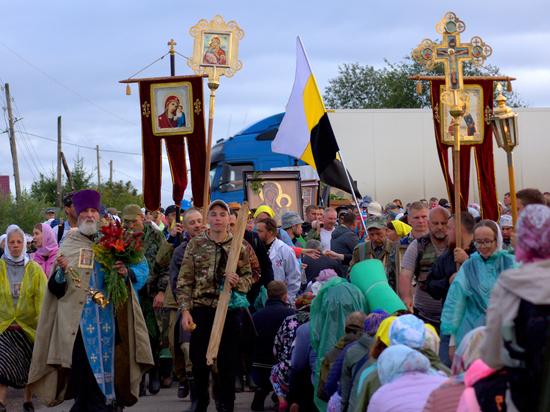 Завершился традиционный Свято-Серафимовский Белогорский крестный ход