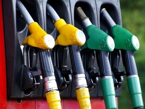 Кировская область попала в лидеры ПФО по ценам на бензин