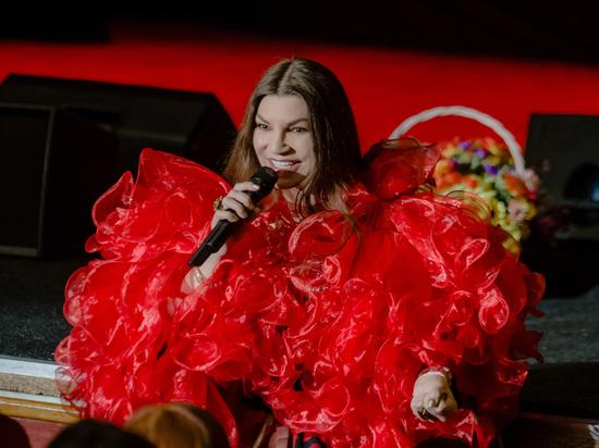 На концерте Ирины Эмировой зрители аплодировали стоя