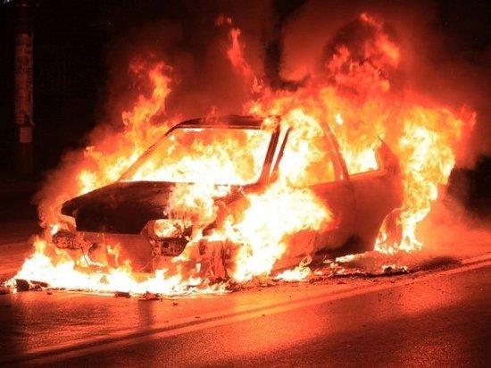 В Магнитогорске взорвали автомобиль с водителем