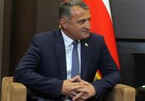Президент Южной Осетии Анатолий Бибилов заявил, что республика признает геноцидом события 1920 года, а также то, что произошло в 2008 году