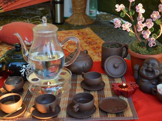 Липчане на фестивале заварят чай по старинному рецепту