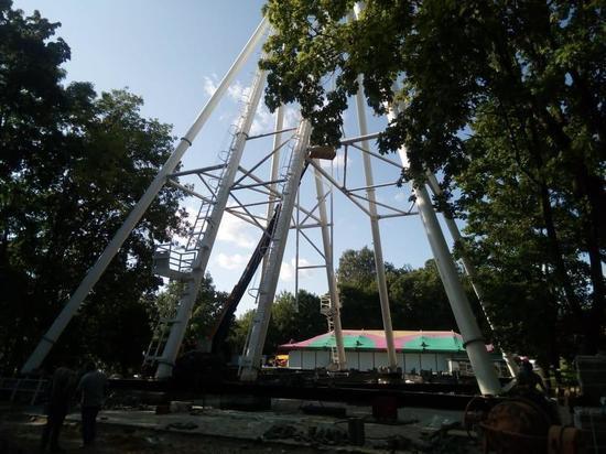 Стала известна стоимость поездки на колесе обозрения в Смоленске