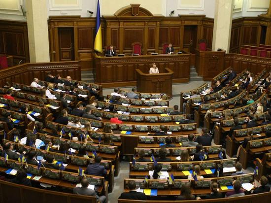 Кому из украинских политических «зубров» удалось снова стать депутатом