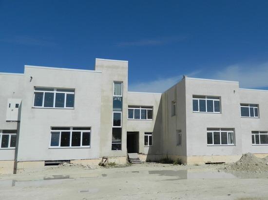Детсад на контроле: министр Храмов ускоряет работу строителей