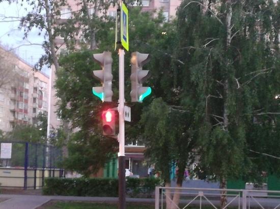 В Оренбурге пассажир выпал из автобуса