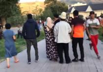 Сторонники президента Киргизии Алмазбека Атамбаева во время штурма его резиденции использовали в качестве живого щита детей и женщин, говорится в заявлении Госкомитета Нацбезопасности Киргизии