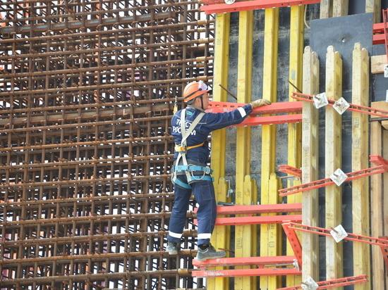На Курской АЭС-2 начали бетонировать стены энергоблока №2