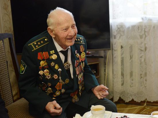 Старейшего ветерана ВОВ из Вязьмы, поздравили с 98-летием