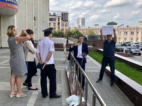 Агитация по-столичному: заезжие кандидаты от КПРФ работают в Туле