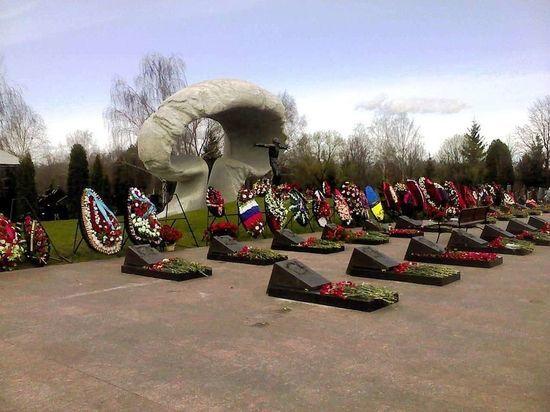 Почему одни ликвидаторы Чернобыля заболели и умерли, а другие здоровы