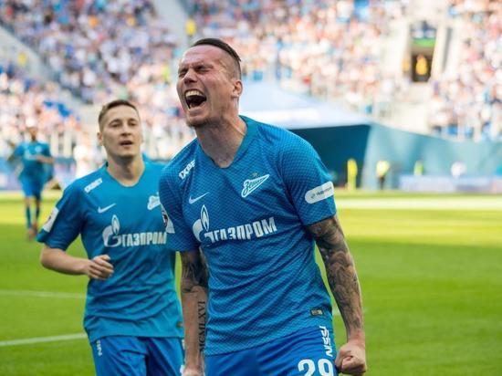 Нападающий Антон Заболотный перешел из «Зенита» в «Сочи»