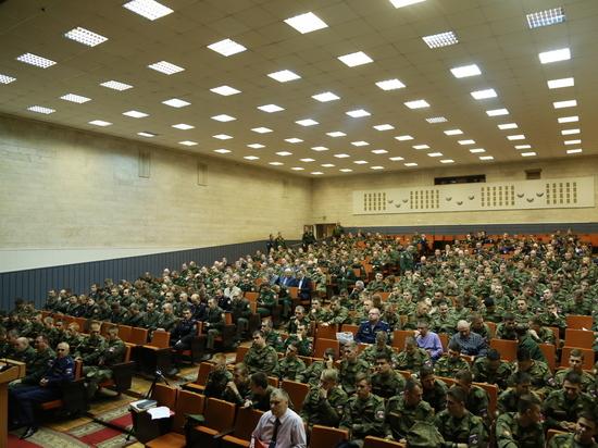 Военные прокуроры предупредят о недопустимости рукоприкладства