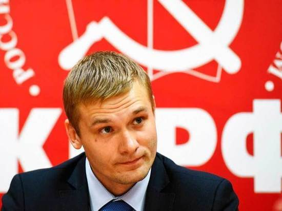 Глава Хакасии призвал КПРФ повысить активность, боевитость и пропаганду