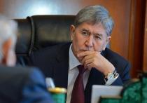 Обвинение в коррупции предъявлено бывшему президенту Киргизии Алмазбеку Атамбаеву