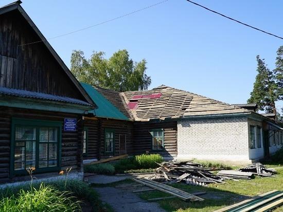 Ситуация под контролем: в Боровихе ремонтируют старую школу и ждут строительства новой