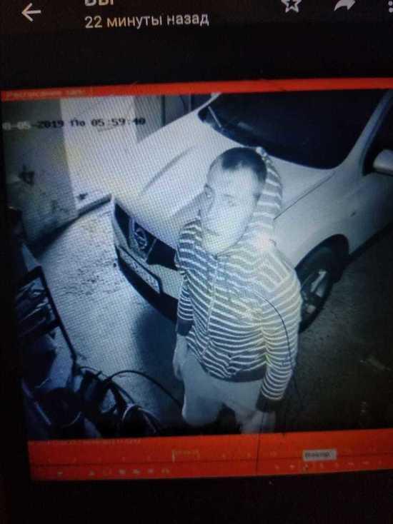 Полиция Оренбурга разыскивает похитителя велосипеда и электроприборов