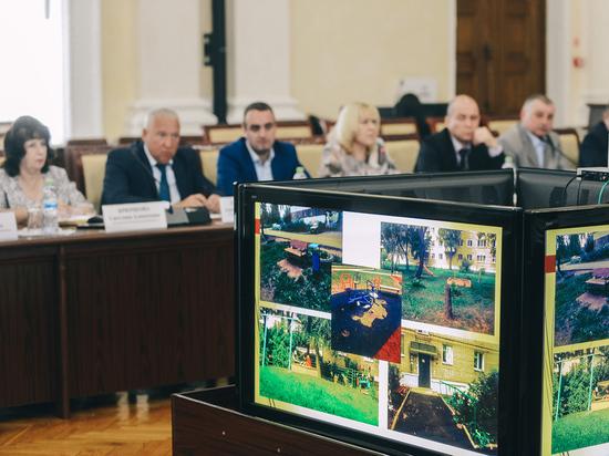Улучшение городской среды обсудили в администрации Смоленской области