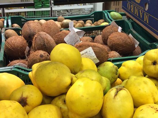 Минсельхоз отверг идею отдавать уничтожаемые санкционные продукты нуждающимся