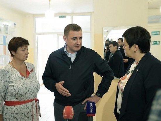 Черепетскаяшкола и Суворовская ЦРБ: Дюмин посетил Суворовский район