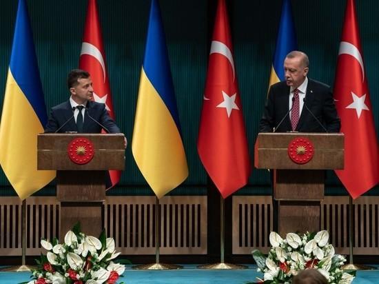 Эксперт объяснил, зачем Зеленский поехал в Турцию с крымскими татарами