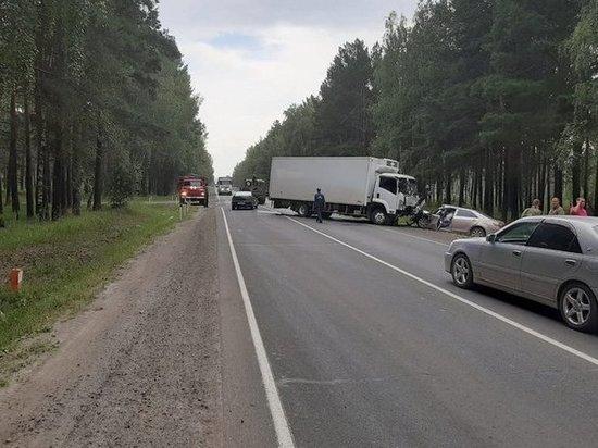 Водитель Toyota Camry погиб в ДТП под Тулуном