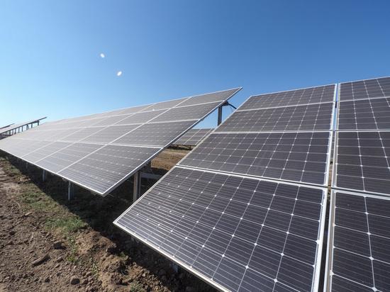 Первую солнечную электростанцию мощностью 25 мВт запустили на Ставрополье