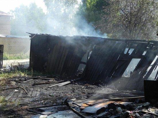 В Соль-Илецке сожитель поджог сарай бывшей возлюбленной