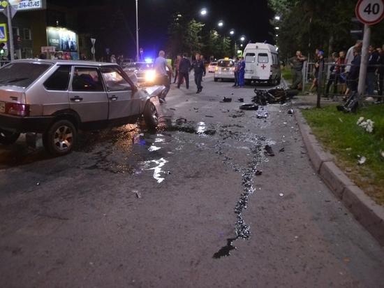 В Бердске ночью погиб байкер-лихач