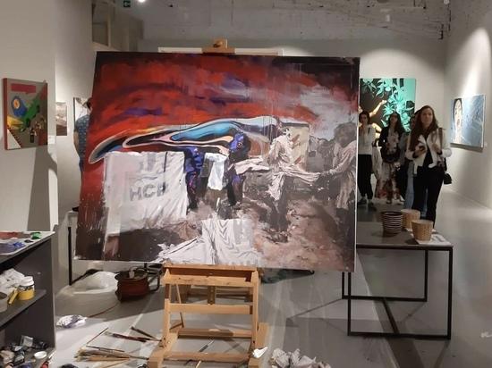 На «Нешекспира» шли с проспекта Сахарова: художники сразились за мечту