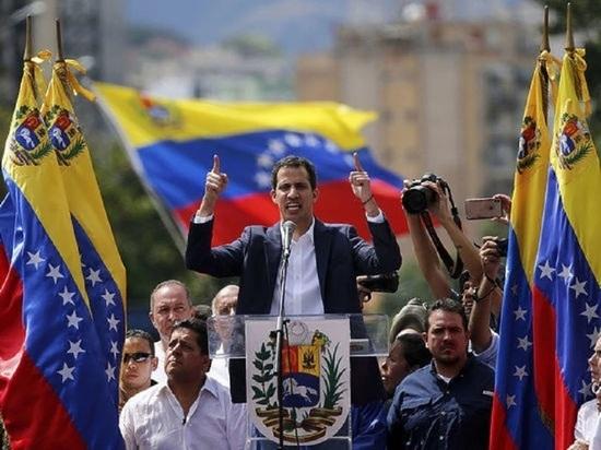 Гуайдо сообщил, что Мадуро намерен распустить оппозиционный парламент Венесуэлы