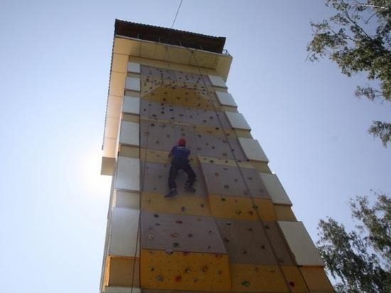 Самый высокий скалодром в Сибири возвели в Республике Алтай