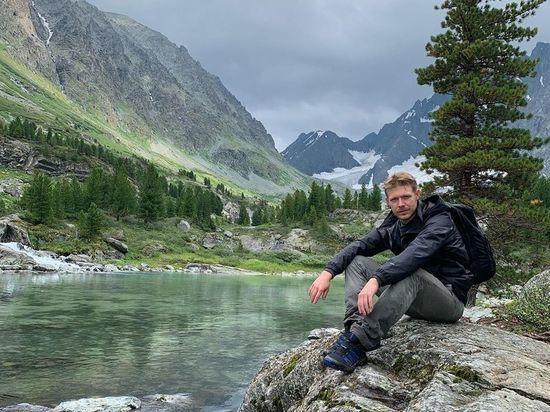 Известный актер российского театра и кино Никита Ефремов нашел Бога в горах Алтая