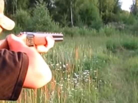 """Боевик """"Солнцевской"""" ОПГ с обрезами ружей ворвался к замглавы Чехова"""
