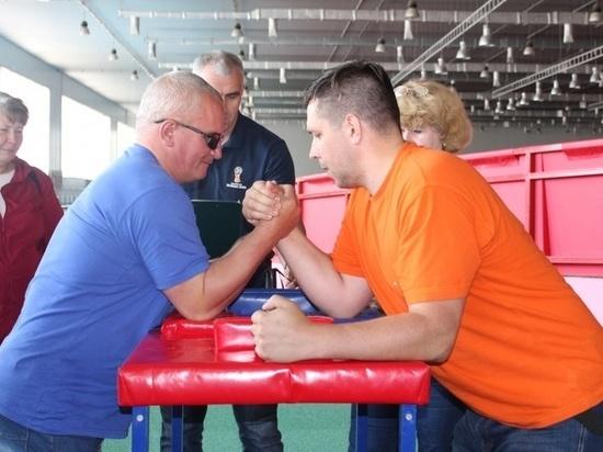 В Смоленске соревновались люди с ограниченными возможностями здоровья