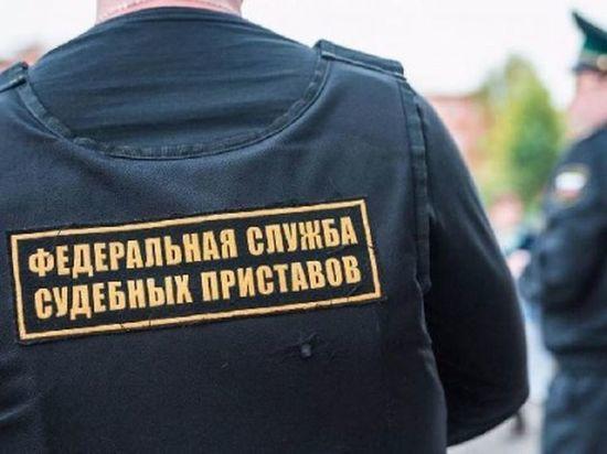 В Новосибирске приставы опечатали рубильники строительных кранов