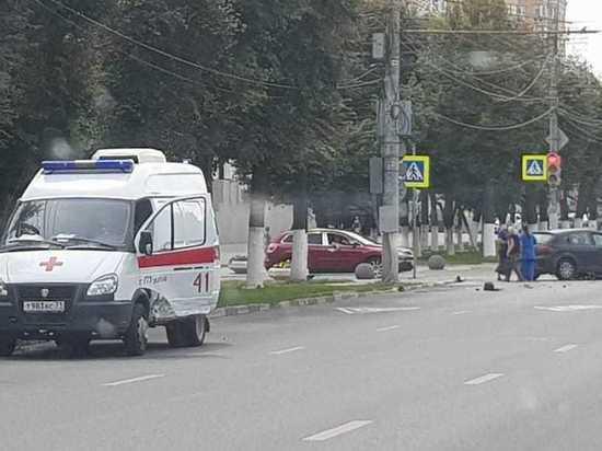 Из-за ДТП со скорой помощью в Туле образовалась пробка на центральной улице