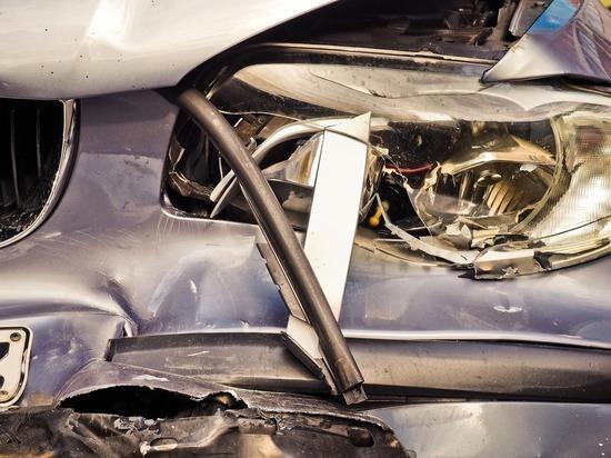 В ночной аварии в Петушках погибла 15-летняя девушка