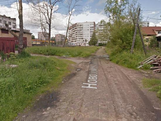В посёлке Кемском в Архангельске жители добились строительства части тротуара