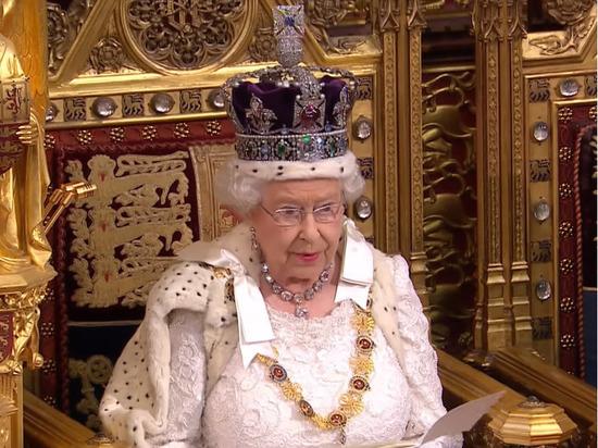Лидер евроскептиков разнес королевскую семью по полной