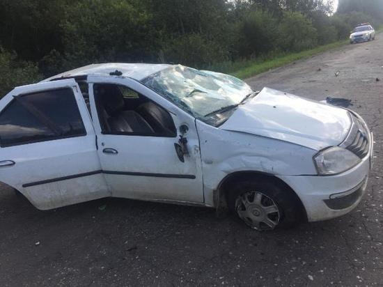 В Гагаринском районе перевернулась машина с тремя детьми