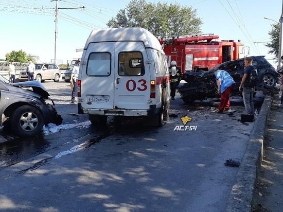 После ДТП в Дзержинском районе Новосибирска водители в больнице