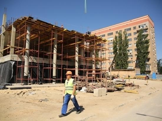 В Волгограде начали строительство третьего этажа будущего онкоцентра