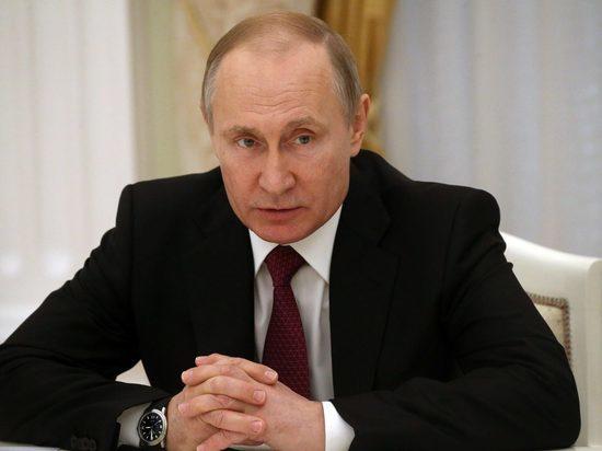 Заслуги трёх жителей Тверской области отметил Владимир Путин