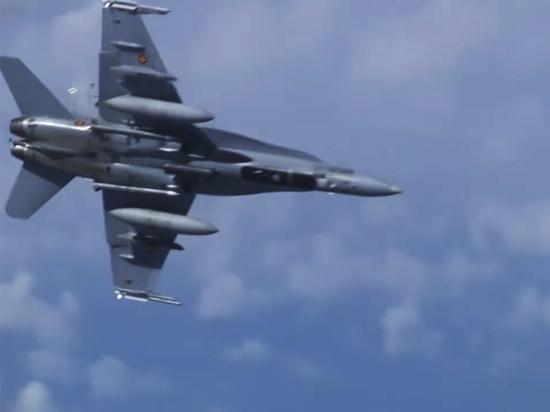 Эксперт объяснил, зачем истребитель НАТО приближался к самолету Шойгу