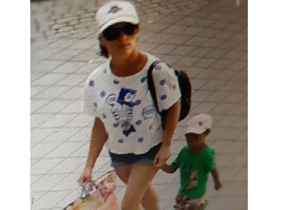 Россиянка бросила дочь в кафе из-за мужа-африканца