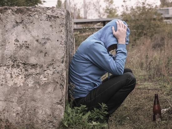 """""""Человек больше не похож на человека"""": исповедь после жизни с алкоголиком"""