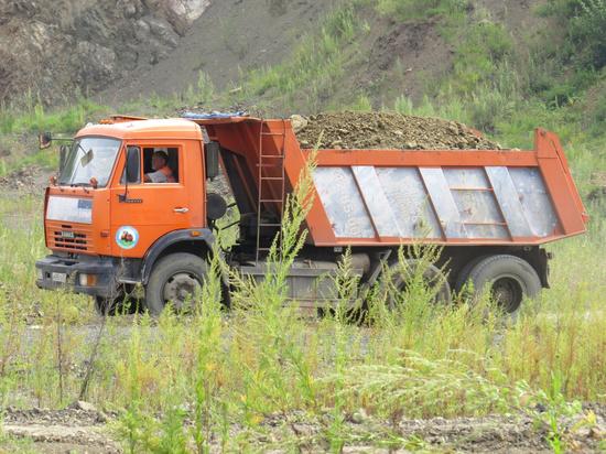 Еще одну дамбу для защиты от паводка строят в Хабаровске