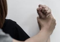 В Казахстане ежегодно от бытового насилия погибает около 400 женщин