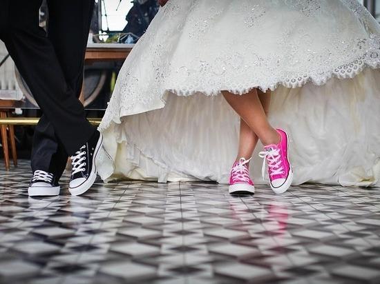 В России стало меньше свадеб и разводов